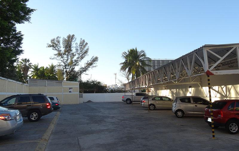 estacionamiento-playa-bonita-mazatlan