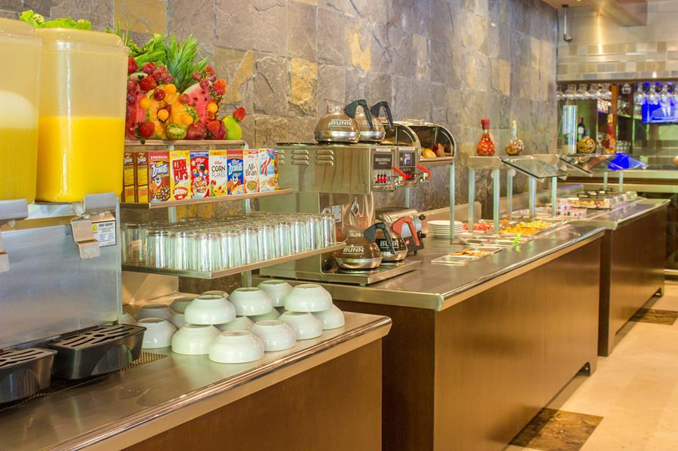 hoteles desayuno incluido en mazatlan